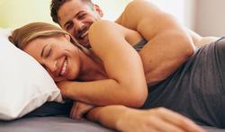 Les couples heureux font-ils plus souvent l'amour ?