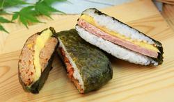Onigirazu : comment préparer le « sandwich sushi » ?