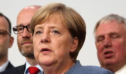Tremblements : de quelle maladie souffre Angela Merkel ?
