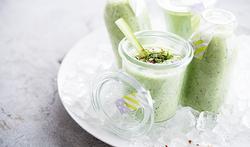 Soupe froide de concombre à la menthe