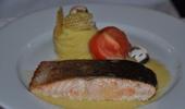 Pavé de saumon à la sauce aux palourdes