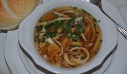 Soupe Célestine aux lamelles de crêpe