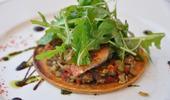 Tarte fine aux filets de rouget et brunoise à la tomate