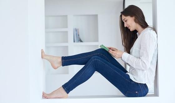 les conseils contre la pollution de l air la maison. Black Bedroom Furniture Sets. Home Design Ideas