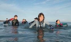Le longe-côte : les bienfaits de la marche en mer
