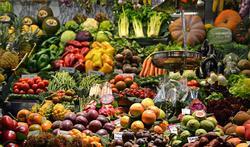Eet je voor het klimaat beter lokale groenten en fruit?