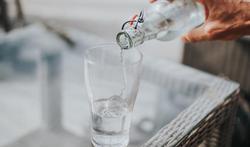 Hoe weet je of je genoeg water drinkt?